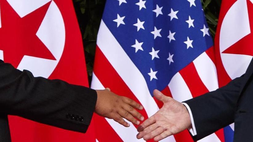 Atomabrüstung in Korea: Trump will sich Ende Februar mit Kim Jong Un treffen
