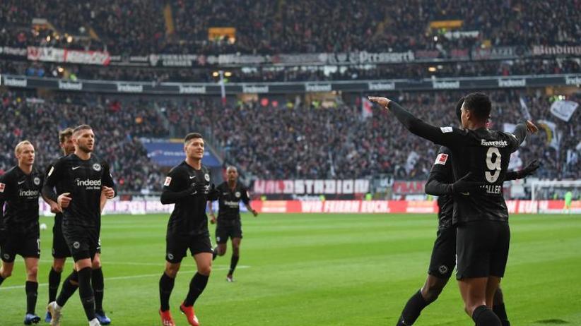 Souveräner Heimsieg: Frankfurts Sturmtrio glänzt weiter - 3:1 gegen Freiburg