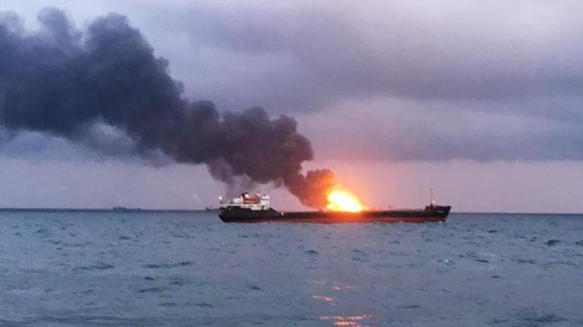 Drama vor der Krim: 20 Tote nach Schiffsbrand in Meerenge von Kertsch befürchtet