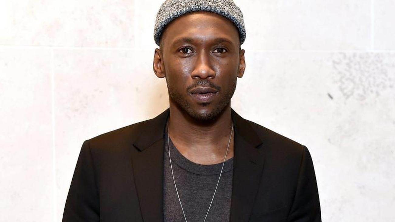 Online dating mahershala ali tweet