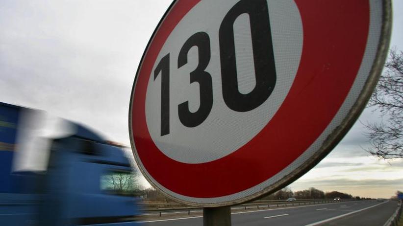 Nicht zielführend: Stauforscher lehnt Tempolimit auf Autobahnen ab