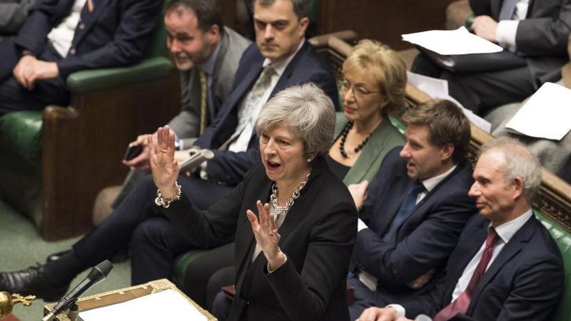 Brexit-Deal: London: Unterhaus fordert Nachverhandlung zu Irland-Frage