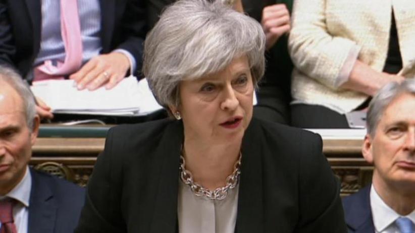 Irland-Frage im Fokus: May will EU-Austrittsabkommen wieder aufschnüren