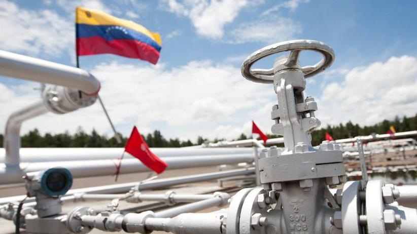 Druck auf Maduro wächst: USA erlassen Sanktionen gegen Venezuelas Ölsektor