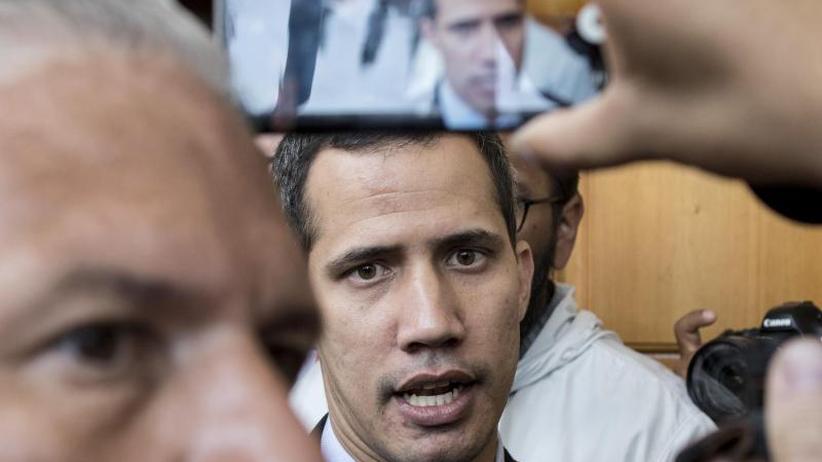 Maduros Gegenschlag: Venezuela: Staatsanwaltschaft ermittelt gegen Guaidó