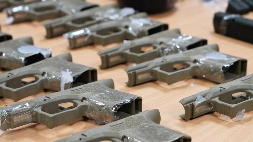 Drei Männer in Haft: Waffenteile in Spielzeug nach Australien geschmuggelt