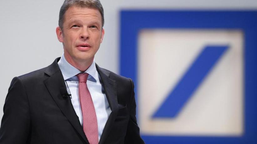 Noch viele Baustellen: Deutsche Bank meldet ersten Gewinn seit 2014