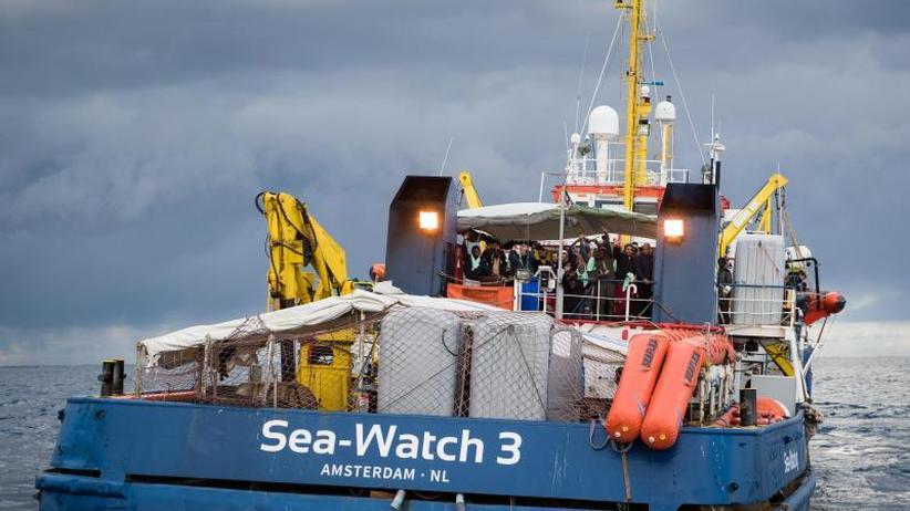 Rettung von 47 Migranten: Italienische Ermittler: Kein Fehlverhalten vonSea-Watch