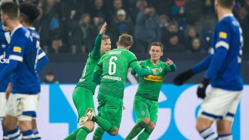 2:0 gegen Schalke: Plötzlich Titelanwärter: Gladbach sorgt für neue Spannung