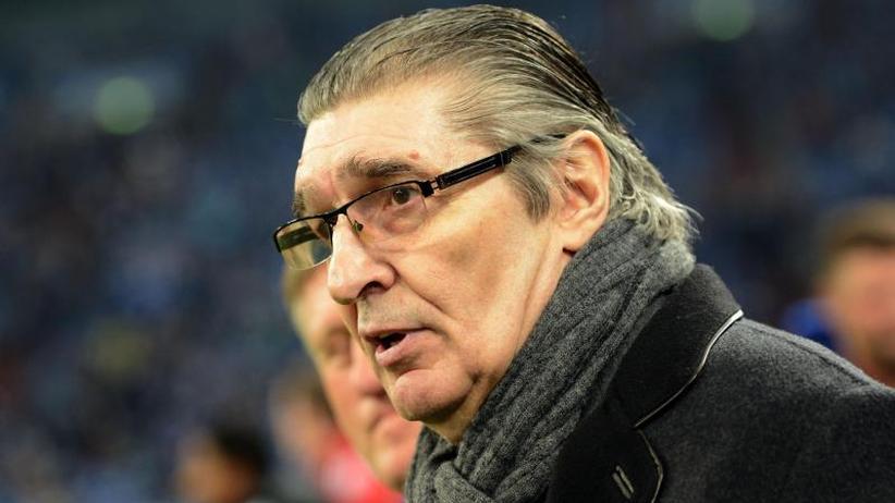 Ehemaliger Manager Von Schalke 04