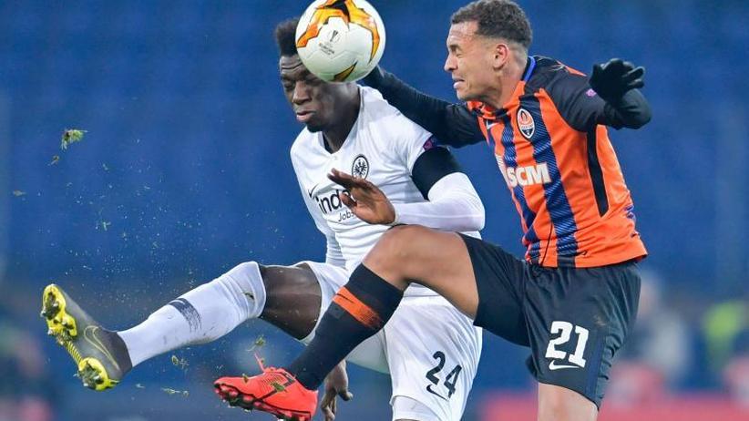 Europa League: Remis gegen Donezk: Frankfurt darf auf Achtelfinale hoffen