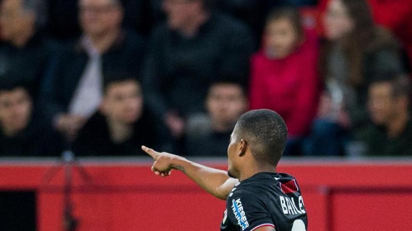 Bundesliga: Bosz-Team besiegt Düsseldorf und rückt auf Europacup-Platz