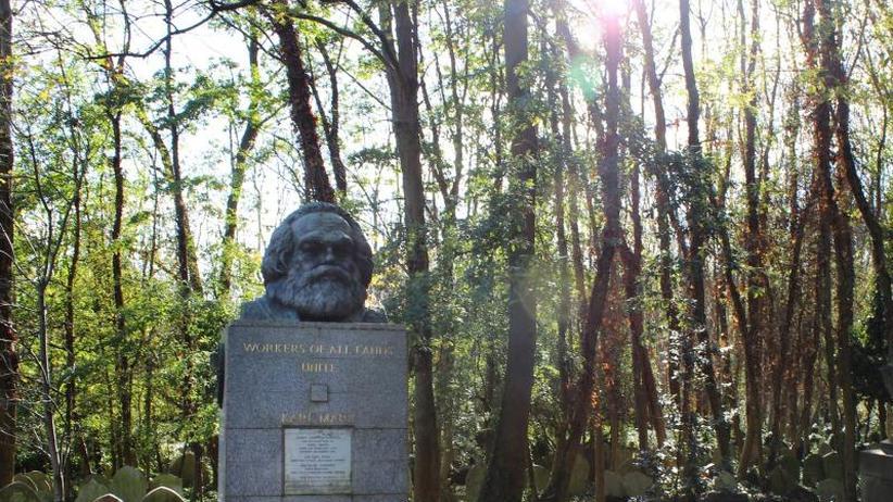 Polizei sucht Zeugen: Grabstätte von Karl Marx in London erneut geschändet