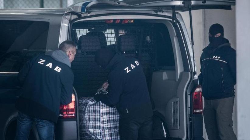 38 Menschen an Bord: Abschiebeflug aus Deutschland in Kabul eingetroffen