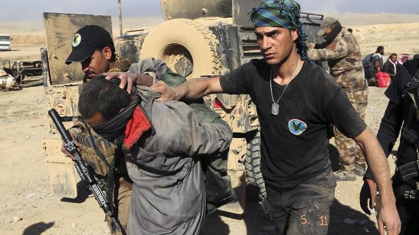 Prozesse unter dem Dach der UN: Debatte um IS-Anhänger: Kurden für UN-Sondergerichte