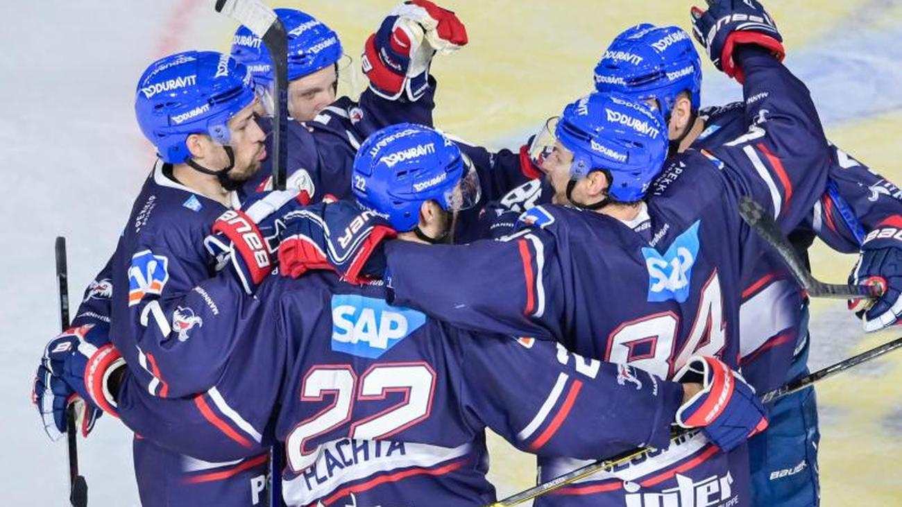 Del Mannheim Sets A Record With 6 5 Against Bremerhaven