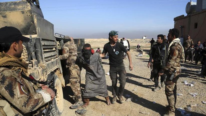 Prozesse unter dem Dach der UN: Syrische Kurden fordern UN-Sondergerichte für IS-Anhänger