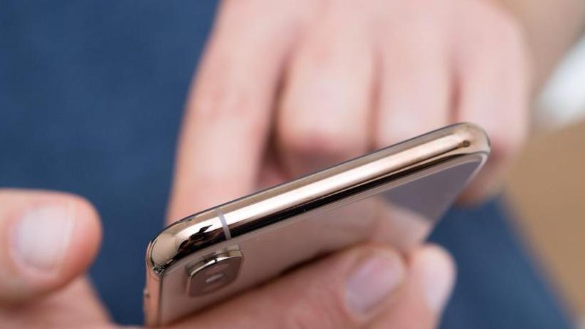 Bitkom-Prognose: Gegen den Trend: Deutscher Smartphone-Markt legt weiter zu
