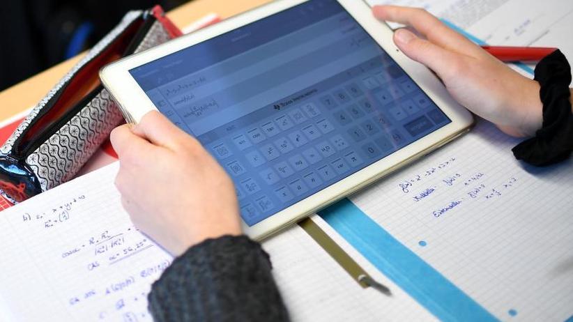 Bundesmittel für Bildung: GEW: Nach Digitalpakt auch Bundesgeld für Schulgebäude