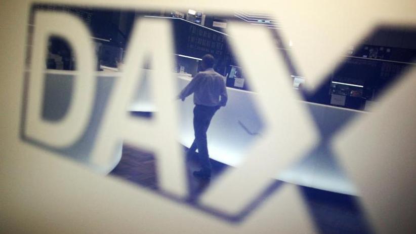 Börse in Frankfurt: Dax hält sich knapp über der Nulllinie