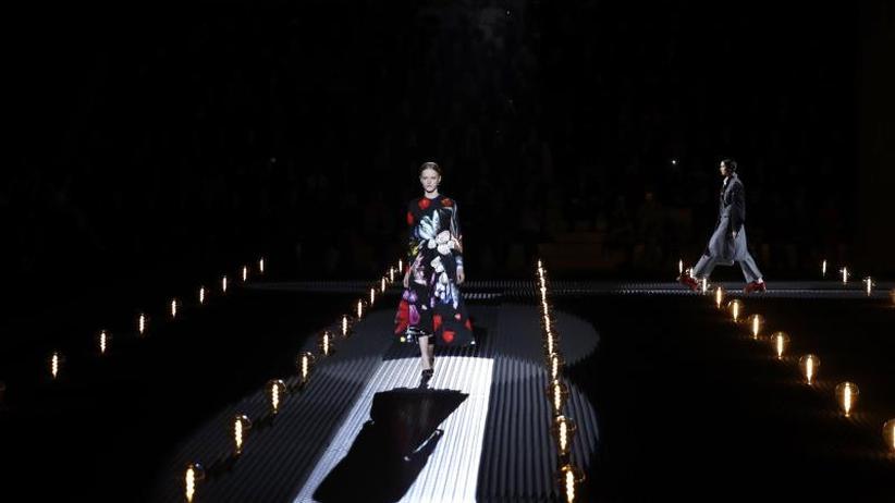Fashion Week: Prada in Mailand: Eleganz und riesige Blüten