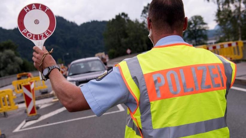 Deutsch-österreichische Grenze: Bisher elf unerlaubt weitergereiste Asylbewerber abgewiesen