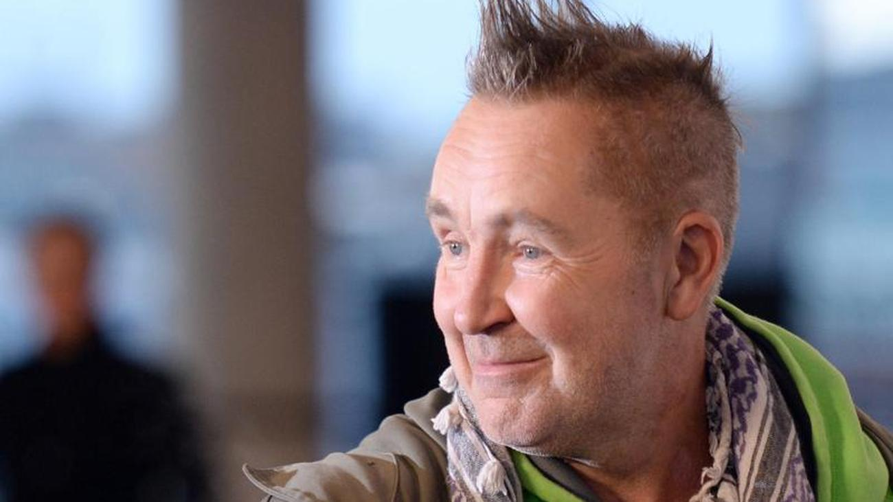 Emigration planned: Nigel Kennedy says