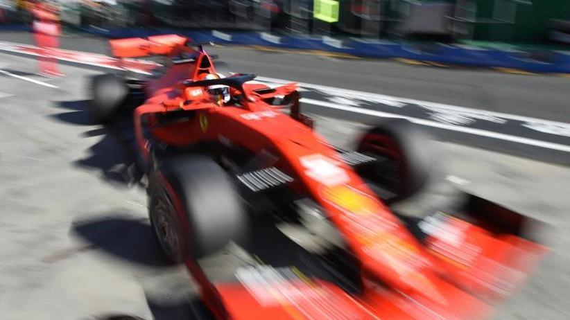 Formel 1 in Melbourne: Pokerface: Vettel-Form gibt Rätsel auf
