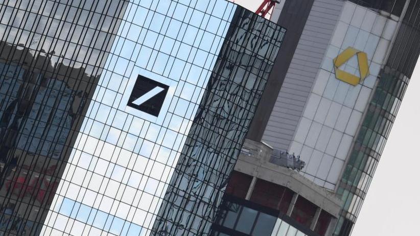 Mega-Zusammenschluss?: Deutsche Bank und Commerzbank loten offiziell Fusion aus