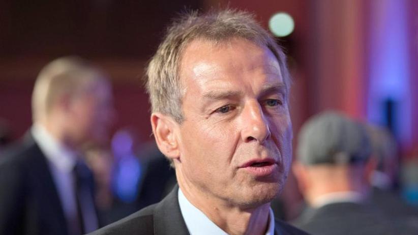 """Ehemaliger Bundestrainer: Klinsmann: Lage um Nationalmannschaft ist """"ein Pulverfass"""""""