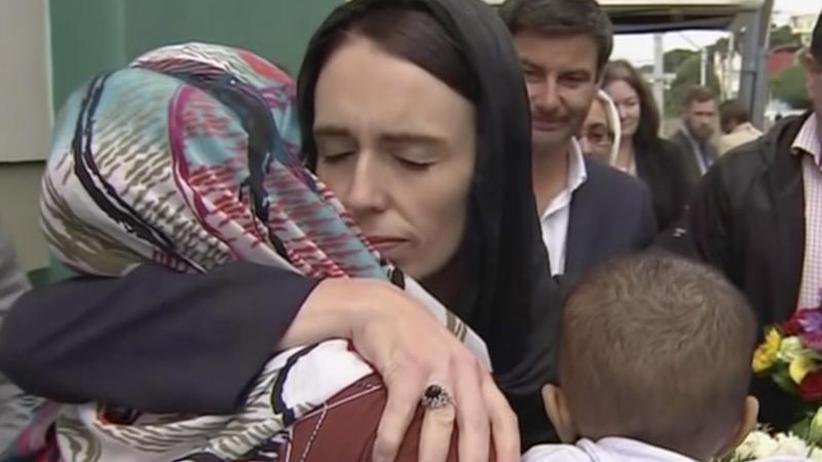 Rechtsextremist in U-Haft: Neuseeland trauert mit seinen Muslimen