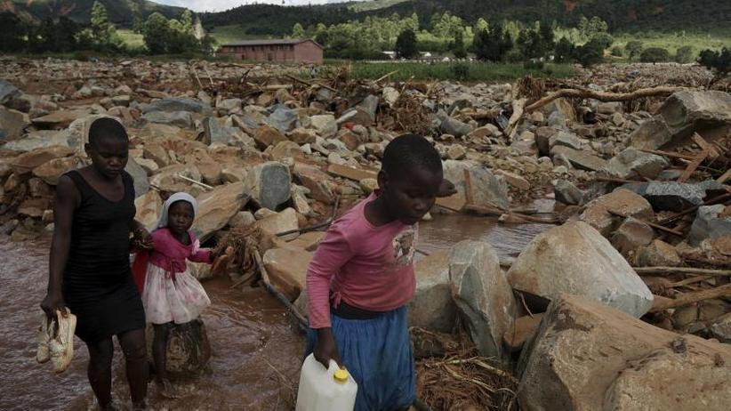 "Südostafrika: Humanitäre Hilfe nach Zyklon ""Idai"" wird rapide ausgebaut"