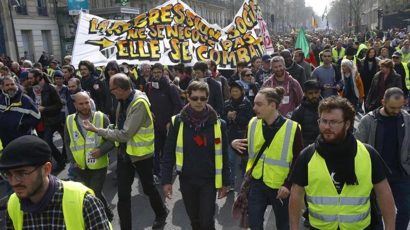 """19. Wochenende in Folge: Zehntausende bei """"Gelbwesten""""-Protesten in Frankreich"""