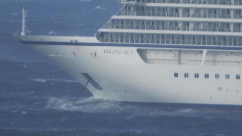 Norwegische Küste: Kreuzfahrtschiff in Seenot: 1000 Menschen warten auf Rettung
