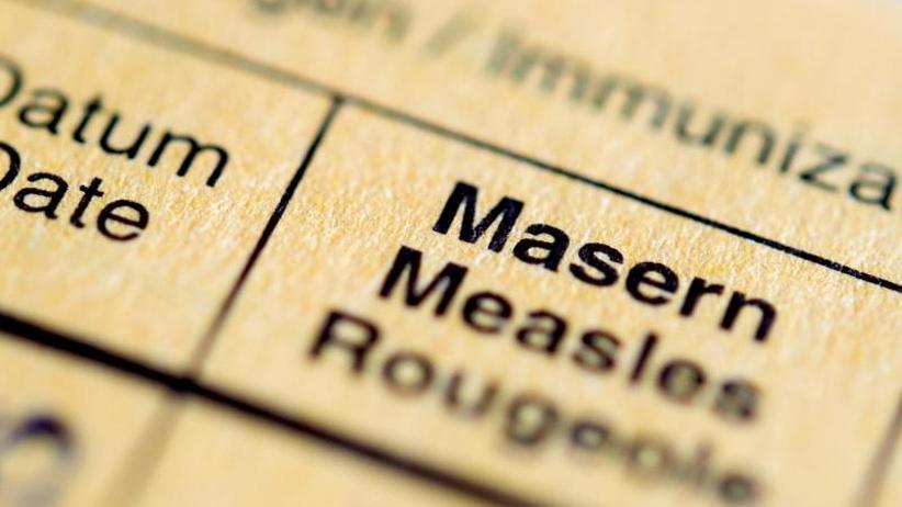 Häufung von Krankheitsfällen: Grüne sehen Masern-Impfpflicht skeptisch