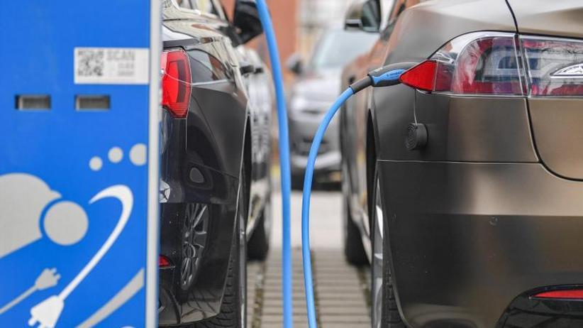 Umweltschützer skeptisch: Klimaschutz-Arbeitsgruppe zum Verkehr tagt