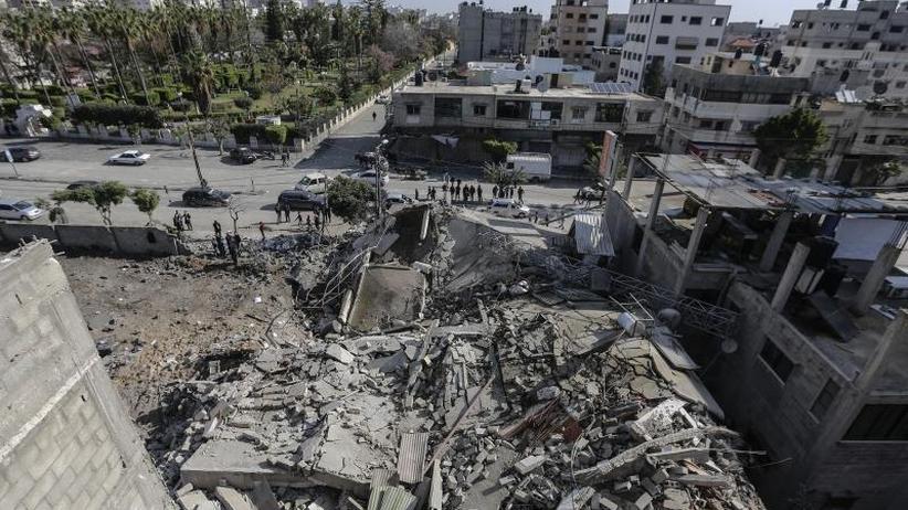 Nahostkonflikt: Palästinenser feuern weiter Raketen - Luftangriffe Israels