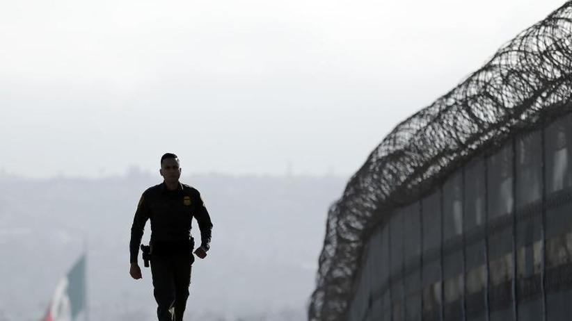 Grenzstreit: Demokraten scheitern mit Widerstand gegen Trumps Veto