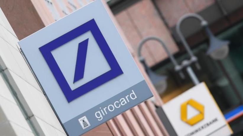 Banken-Hochzeit: Deutsche Bank kündigt Information vor Ende April an