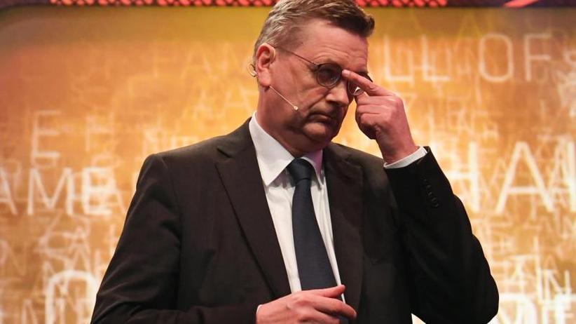 """Präsident des DFB: Kritik an Grindel nimmt zu: """"Beim DFB wird rumgeeiert"""""""