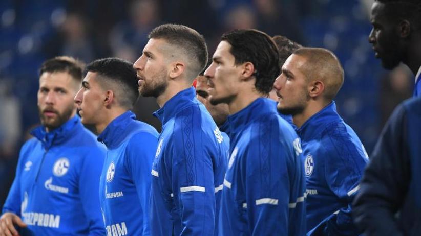 Nach dem Pokal-Viertelfinale: Schalke-Fokus: Abstiegskampf - Bremen verfolgt große Ziele