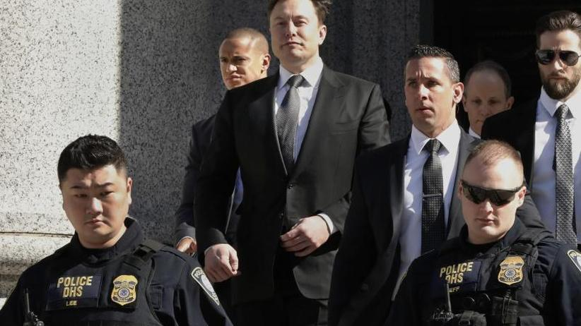 Musk vs. Börsenaufsicht: Richterin fordert Gespräche von Tesla-Chef mit SEC
