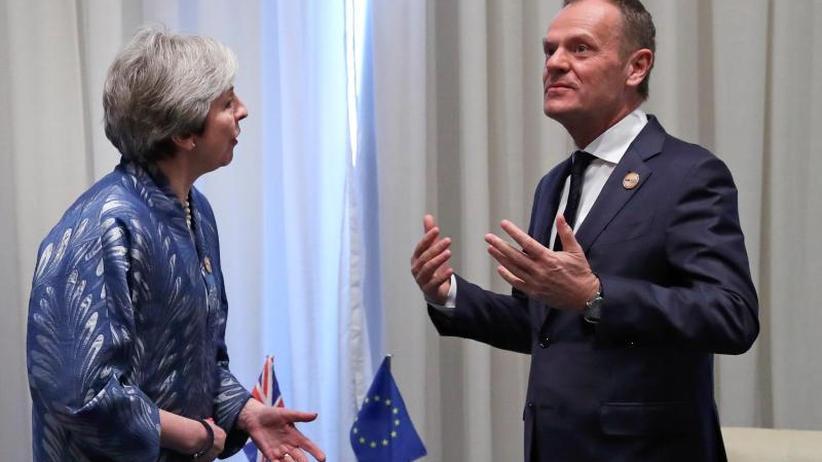 Zeit für Lösung wir knapp: Tusk: Brexit zwölf Monate verschieben