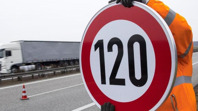 Hintergrund: Faktencheck: Nützt ein Tempolimit auf Autobahnen der Umwelt?