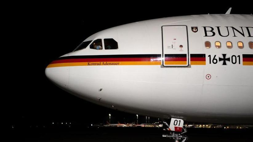 Reise zur IWF-Tagung: Probleme bei Regierungsfliegern: Scholz nimmt kleinere A321