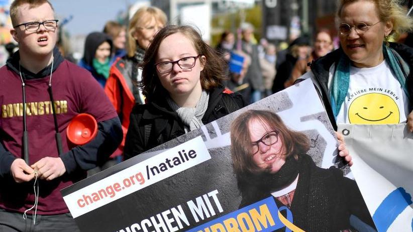 Offene Debatte Im Bundestag: Wie Weit Darf Man Mit