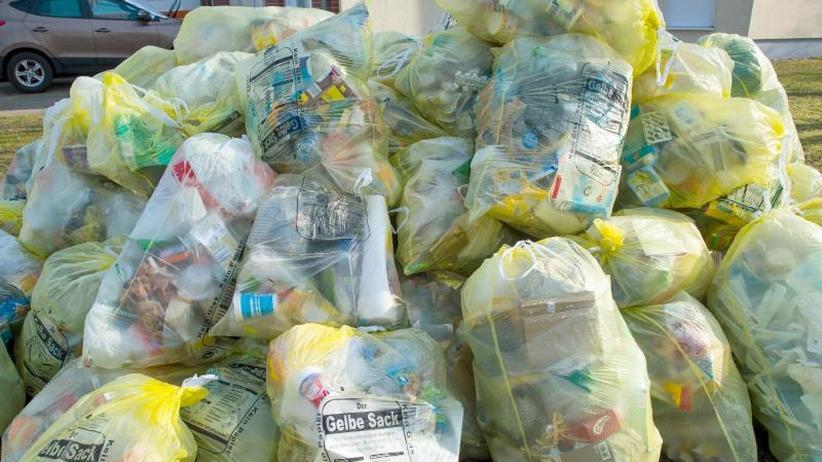 Wegwerfprodukte aus Plastik: Umfrage: Mehrheit achtet auf umweltfreundliche Verpackungen