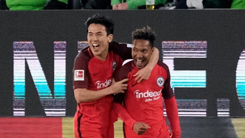 Bundesliga Montagsspiel: Eintracht froh über 1:1 in Wolfsburg - Labbadia hadert