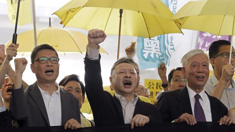 """Regenschirm-Bewegung"": Haftstrafe für Anführer von Hongkongs Demokratiebewegung"