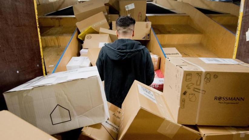 Rückgaberecht oft missbraucht: Internet-Käufer schicken jede sechste Bestellung zurück